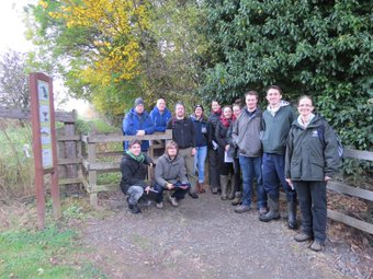 Edinburgh students visit the River Carron